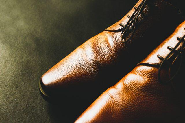 Jakich butów potrzebujemy do garnituru?